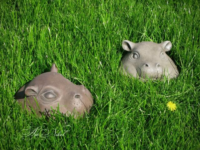 Garden sculpture Hippos