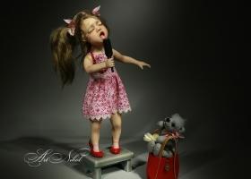 Кукла Певица